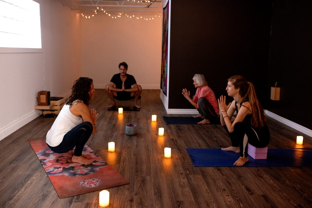 yoga tous niveaux débutants rive-sud Laprairie